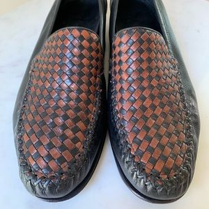 COLE HAAN Black and Brown Woven Leather Sz 8.5